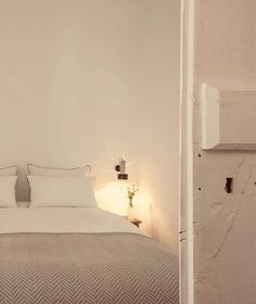 A new, rural hotel called Pensao Agrícola is located in the fertile agricultural zone of the Sotavento (eastern) end of the Algarve just from the. Algarve, Tavira Portugal, Rue Verte, Santa Clara, Boutique, Interior And Exterior, Beach House, Interior Decorating, Contemporary