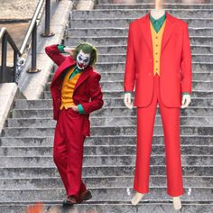 Joker Joaquin Phoenix Outfit Cosplay Costume for Adult [Components]: Suit Jacket Suit Trousers Waistcoat Vest [Material]: Red Woven Twill Satin Lining (Red And Gold) Yellow Imitation Tweed White Shirt Cotton Joker Halloween, Halloween Party Costumes, Movie Costumes, Adult Costumes, Halloween 2019, Halloween Ideas, Costume Ideas, New Joker Movie, Suits