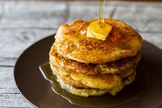 Make these Ultimate Pancakes by Greek Chef Akis. The most delicious, the best recipe for pancakes you've ever tried. Serve them with honey, maple syrup or any of your favorite t. Protein Smoothie Recipes, Smoothies, Waffle Sandwich, Healthy Yogurt, Perfect Food, Sweet Bread, Pancakes, Waffles, Breakfast Recipes