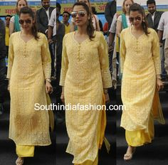 Isha Koppikar in a Palazzo Suit at clean thane event, palazzo with chikankari kurta Best Indian salwar CLICK VISIT link above for more options Simple Kurti Designs, Salwar Designs, Kurta Designs Women, Kurti Designs Party Wear, Blouse Designs, Dress Indian Style, Indian Outfits, Indian Dresses, Pakistani Dresses