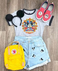Disneyland Outfit Ideas 2019 – Adorable Mickey Mouse Outfit Source by disneylandandme Cute Disney Outfits, Disney World Outfits, Disney Themed Outfits, Disneyland Outfits, Cute Outfits, Disney Clothes, Disneyland Outfit Summer, Disneyland Trip, Emo Outfits