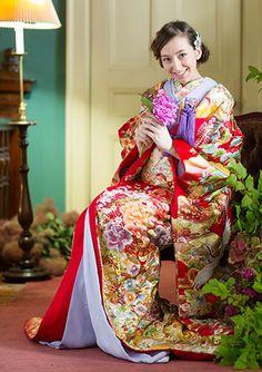 結婚式で人気の色打掛レンタル   福岡・熊本JUNO(ジュノ)