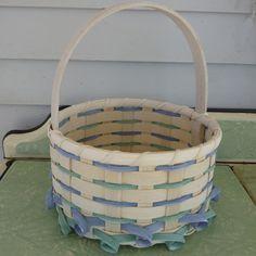 Curlicue Easter Basket