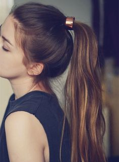 Top Ponytail hairstyle for long straight hair girls, simple but beautiful~