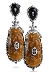 Bochic Caramel Jade and Onyx Earrings...would kill for these,they are the perfect combination of art and fantasy!