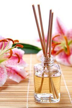Descubra como fazer aromatizadores para manter a sensação de limpeza na casa por muito mais tempo, no Blog Mara!