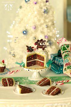 Reindeer fruitcake