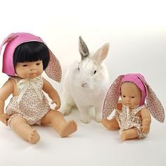 Have a look at those gorgeous new Easter sets for your Miniland dolls. Perfect as a easter basket gift.