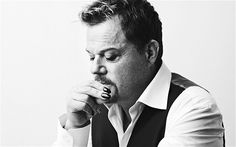 There is just something about Eddie Izzard which is magnetic.