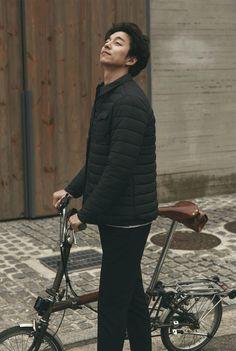 Gong Yoo relaxes after Goblin with low-key photo shoot in Jeju Island for Marie Claire Korean Celebrities, Korean Actors, Celebs, Busan, Goblin Gong Yoo, Goblin Kdrama, Yoon Eun Hye, Korean Military, Yoo Gong