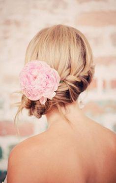 Birmingham Wedding by 509 Photo and Ginny Au (Summer, blush, bouquet, bouquets, bride, flowers, lace, pink, details, light, wedding, pastel, Birmingham) — Loverly Weddings