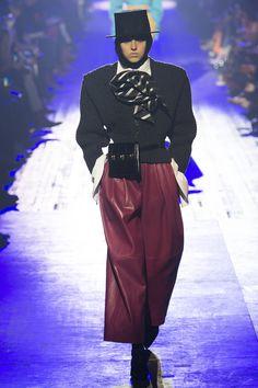 365f31e24a6 Marc Jacobs Fall 2018 Ready-to-Wear Fashion Show. Moda New YorkTendenze  Della ...