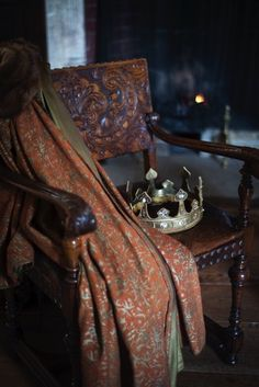 Medieval & Tudor-Still Life: Crowns – Richard Jenkins Photography