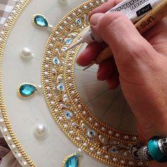 How to DIY Moroccan Mason Jar Lantern Craft Tutorial Mandala Design, Mandala Art, Mandala Painting, Canvas Art Projects, Diy Canvas, Dot Art Painting, Fabric Painting, Diy Deco Rangement, Thali Decoration Ideas