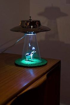 Abduction Lamp