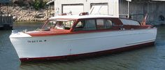 1954 Chris Craft 28 foot Sedan Cruiser classic wood picnic boat for sale by…