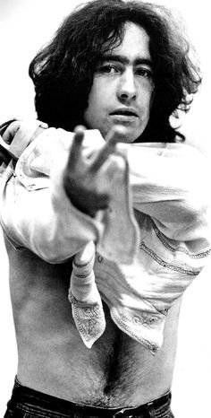 See Paul Rodgers pictures, photo shoots, and listen online to the latest music. Paul Rodgers, 70s Music, Blues Music, Rockn Roll, Best Rock, Beautiful Voice, Latest Music, Great Bands, Music