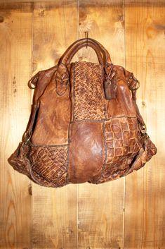 Handmade woven leather bag INTRECCIATO 6 door LaSellerieLimited