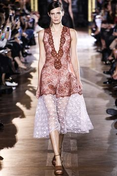 Stella McCartney Spring 2014 Ready-to-Wear Collection Photos - Vogue