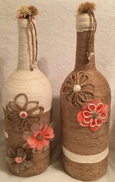 Shabby Chic Twine Wrapped Wine Bottle by PalletPatchandMore on Etsy Glass Bottle Crafts, Wine Bottle Art, Diy Bottle, Bottle Vase, Twine Bottles, Wrapped Wine Bottles, Shabby Chic Painting, Shabby Chic Decor, Jute Crafts