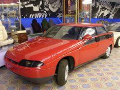 OG  1990 Moskvitch AZLK-2143 / Москвич АЗЛК-2143 'Яуза'   4WD prototype