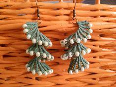 Micro Macrame, Macrame Jewelry, Friendship Bracelets, Tassel Necklace, Knots, Tassels, Forget, Drop Earrings, Ideas