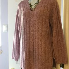 White Stag sweater P#0Z Ladies sweater 93 % acrylic,7 % polyester ,ladies sweater,light purple color White Stag Sweaters