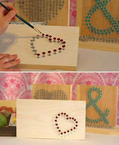 Usando pregos velhos e uma madeira velha, pode acabar de tornando um quadro para enfeitar a casa