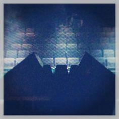 Udfoldet rumskib og forladte sæder efter en fantastisk gribende forestilling! #KommeDitRige på #TeaterMomentum #KæmpeSucces #odense #spaceship #theatre #mitodense #thisisodense www.thisisodense.dk/7123/sci-fi-teater-p-momentum