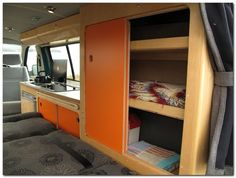 60+ Simple but Cozy Camper Van Interior Ideas