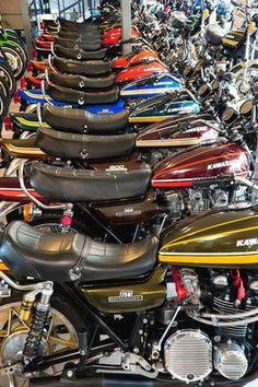 Kawasaki 900, Kawasaki Cafe Racer, Kawasaki Motorcycles, Cool Motorcycles, Vintage Motorcycles, Retro Bikes, Vintage Bikes, Scrambler, Kawasaki Eliminator