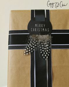 Christmas Gift Wrap on the Cheap with Lowe's