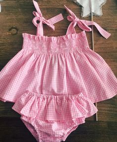 Rompers For Kids, Girls Rompers, Toddler Girl Dresses, Little Girl Dresses, Toddler Fashion, Kids Fashion, Baby Dress Patterns, Baby Couture, Baby Girl Romper