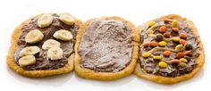 Where to find beaver tails in Montreal: Old Montreal 123 de la Commune Street East, Old Port of Montreal 2 de la Commune Street West, Canadian Snacks, Canadian Cuisine, Canadian Food, Canadian Recipes, Beaver Tails, National Dish, Of Montreal, Poutine, Food N