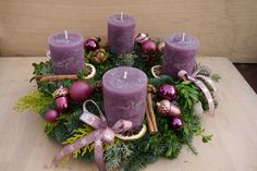 Christmas Advent Wreath, Christmas Candles, Christmas Time, Xmas, Diy Candle Centerpieces, Christmas Centerpieces, Christmas Decorations, Candle In The Dark, Thanksgiving Pictures