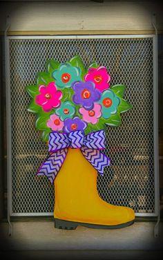 Rain boot with flowers door hanger Burlap Door Hangers, Summer Door Wreaths, Spring Door, Spring Summer, Kids Wood, Wood Cutouts, Diy Door, Front Door Decor, Spring Crafts