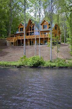 Lake Anna - Virginia   - 5 Bedroom, 4.5 Bath  Micoleys picks for #CabinGetaway www.Micoley.com