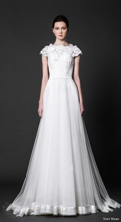 tony ward 2016 bridal cap sleeves jewel neckline lace bodice tulle skirt a line wedding dress colombine