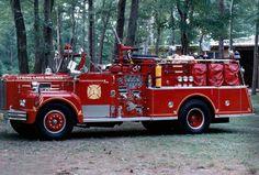 1964 Maxim Fire Truck Mais