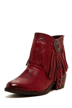 red fringe ankle boots <3 <3