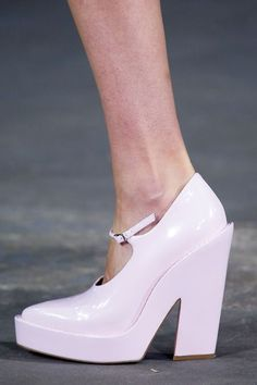 How To Wear Platform Shoes: 18 Creative Ways To Experiment With