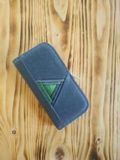 Large womens wallet, Zip around wallet, Waxed canvas wallet, Womens wallet zipper, Handmade wallet, Vegan wallet, Cell phone wallet