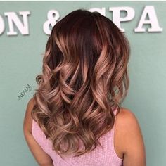 #fbf Rose Gold Tones #corrugatedhighlights #balayage #colormelt combo using #b3 and #schwarzkopf all day erry day