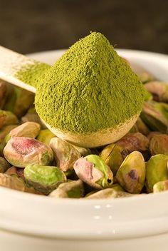 ♥ Pistache  powder and nuts♥ Verdes calidos Pueden ser combinados con amarillos, ocres, naranjas, tonalidades naturales, blancos.