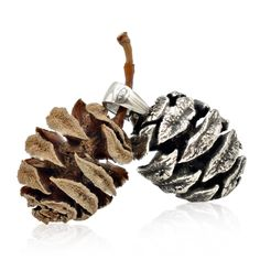 Making Plant Jewelry from Succulents, Branches, & Other Botanical Bits — Shade Metals- Jewelry Tree, Jewelry Crafts, Leaf Outline, Tree Necklace, Plant Art, Lost Wax Casting, Mold Making, Pine Cones, Dawn