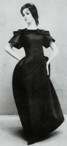 Simonetta Visconti photo Richard Avedon 1960's
