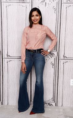 Pin for Later: The One Shoe Style the Stars Can't Stop Wearing Freida Pinto Freida Pinto was right on trend, wearing a pair of flares and red heels to promote her movie Desert Dancer.