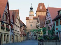 Rothenburg ob der Tauber is a town in the district of Ansbach of Mittelfranken (Middle Franconia), the Franconia region of Bavaria, Germany, well known for its well-preserved medieval old town, a destination for tourists from around the world.