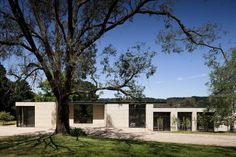 Stylish Updated House Inspiring Tranquility and Order in Merricks North, Australia - http://freshome.com/2013/07/24/stylish-contemporary-inspiring-tranquility-and-order-in-merricks-north-australia/