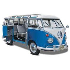 Revell 1:24 Volkswagen T1 Samba Bus Model Kit